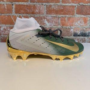 buy online b4cfe 4f20f Nike Shoes - Nike Vapor Untouchable Pro 3 Football Cleats 10